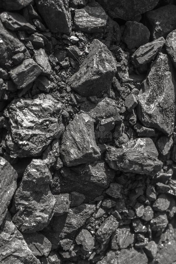 Carvão vegetal preto natural para o fundo foto de stock
