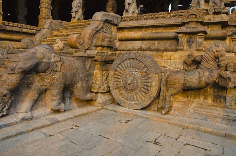 Carved staircase of Airavatesvara Temple, Darasuram, near Kumbakonam, Tamil Nadu, India. Carved pillars of Airavatesvara Temple, Darasuram, near Kumbakonam stock photo