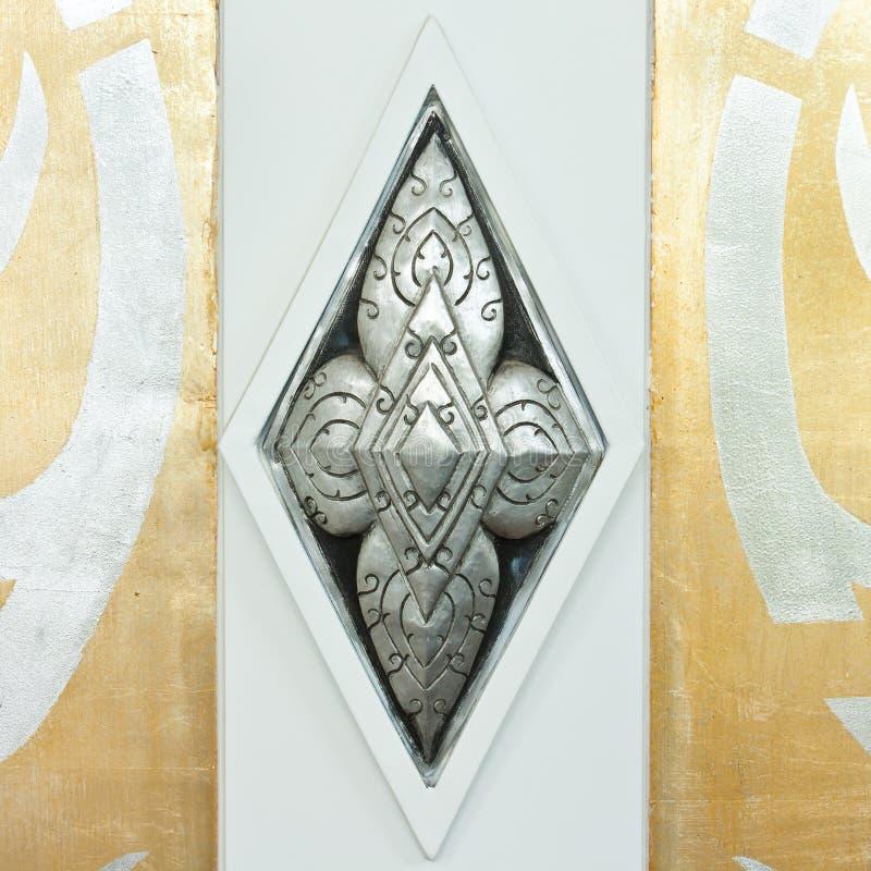 Carvings de prata no estilo tailandês fotos de stock royalty free
