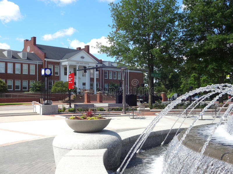 Cary, North Carolina Park and Art Center. Park in Downtown Cary, NC with Cary Art Center in the Background and a Running Fountain in the Foreground royalty free stock image