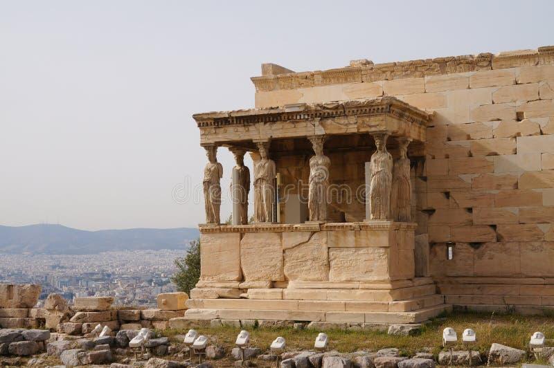 Caryatides Erechtheion на акрополе в Афинах, Греции стоковые изображения rf