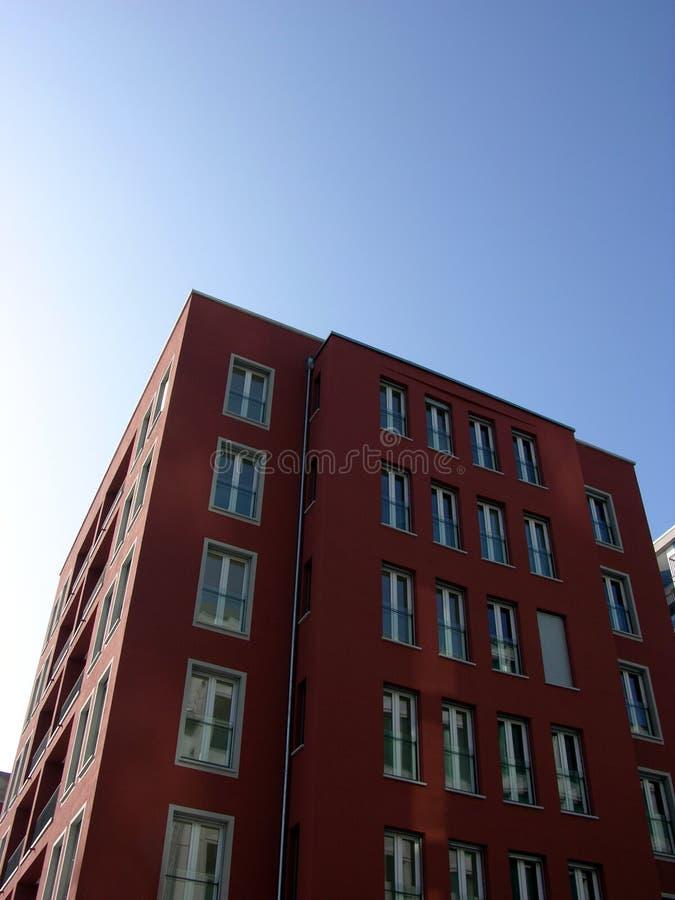 Download Casa foto de stock. Imagem de céu, casa, construído, arquitetura - 535538