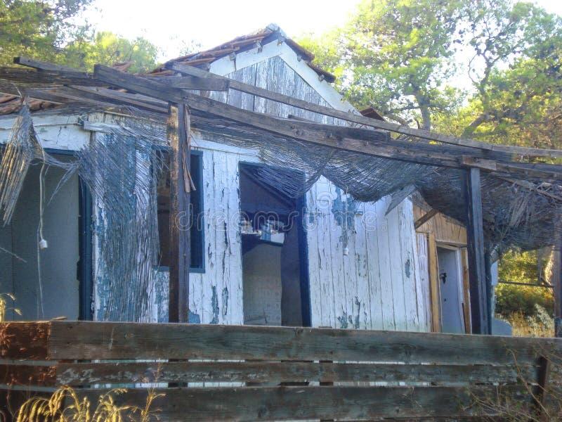 Casa abandonada de um orfanato imagem de stock royalty free