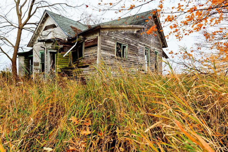 Casa abandonada velha imagens de stock royalty free