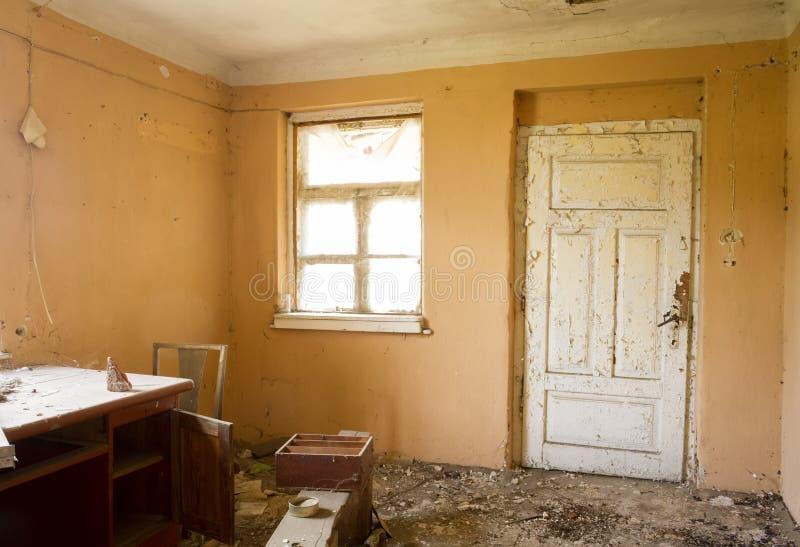 Casa abbandonata di rovina fotografie stock libere da diritti