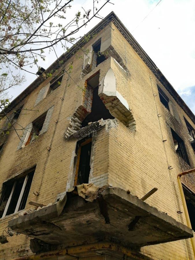 Casa abbandonata rovinata fotografia stock