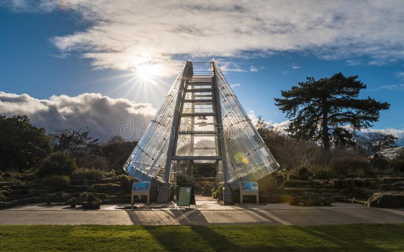 Casa alpina de Davies em jardins de Kew no inverno/outono foto de stock