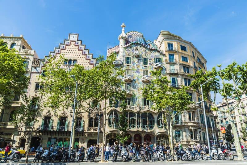 Casa Amatller och Casa Batllo i Barcelona arkivbilder