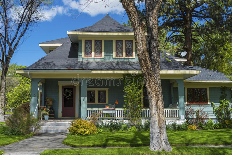 Casa americana classica ben tenuta fotografia stock