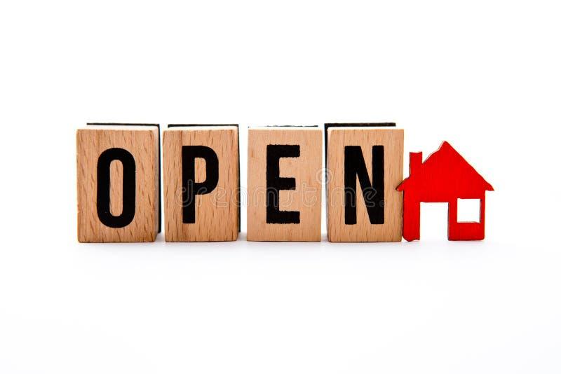 Casa aperta immagine stock