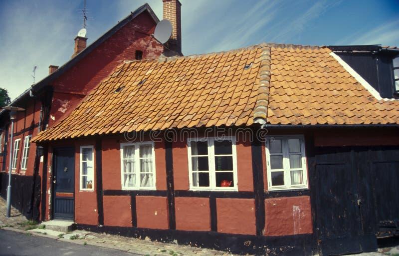 Casa armata in legno rossa danese, Bornholm in Danimarca fotografia stock libera da diritti