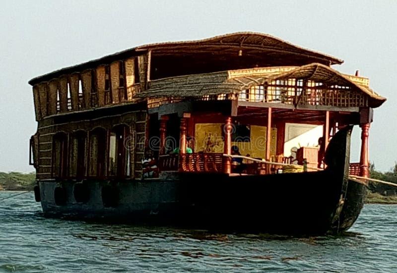 Casa barco foto de archivo
