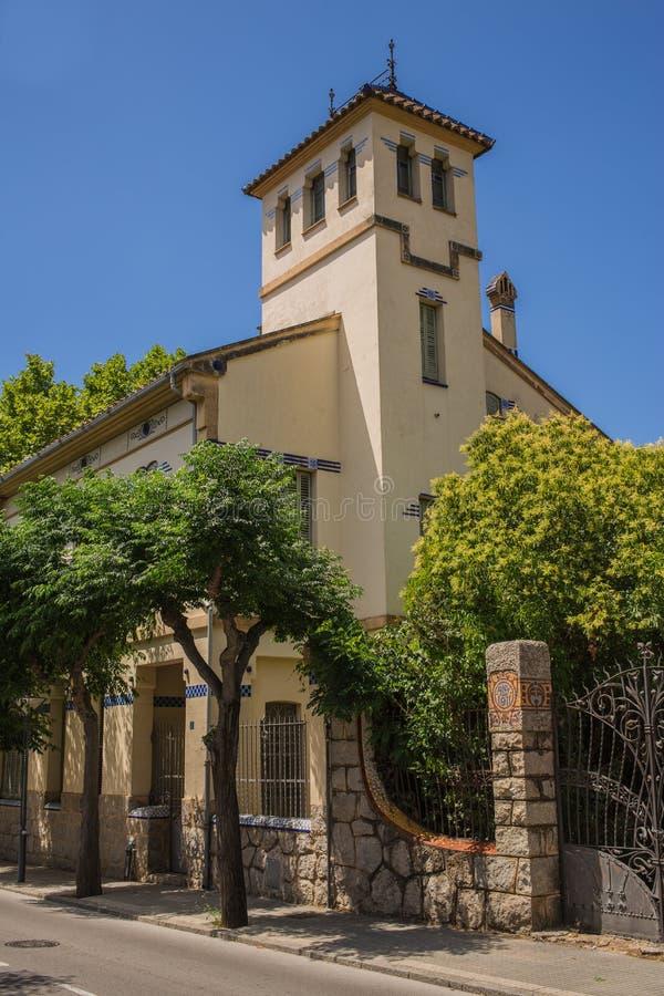 Download Casa Barraquer Modernisty Dwór Zdjęcie Stock - Obraz złożonej z błękitny, budujący: 42525506