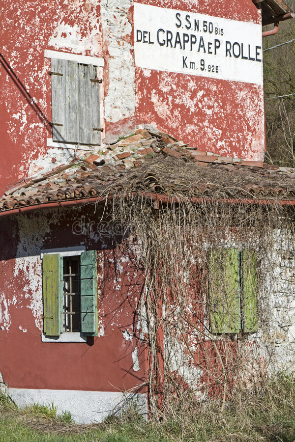 Casa Cantoniera στο Βένετο στοκ φωτογραφία