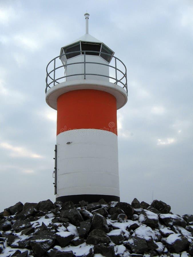 Download Casa clara foto de stock. Imagem de céu, lago, listra, sailing - 528932