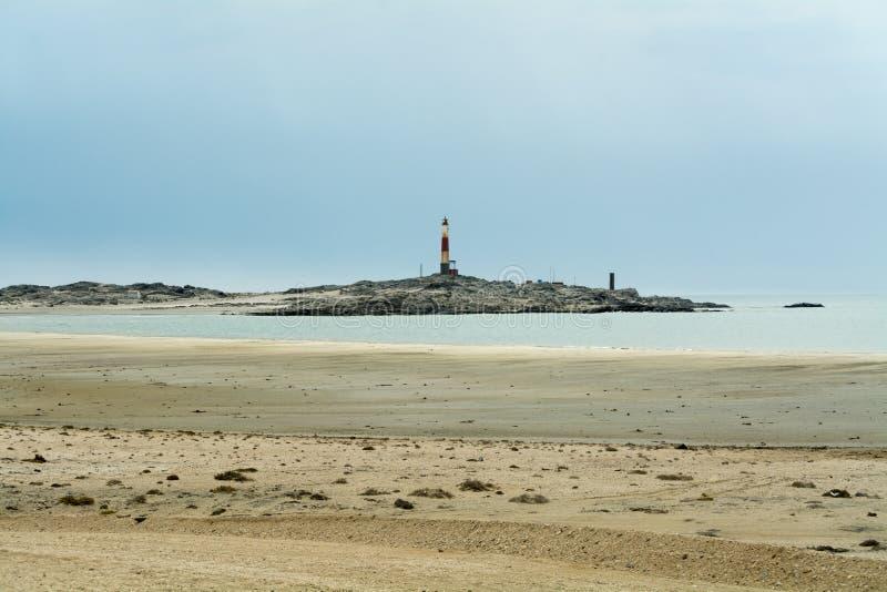 Casa clara no ponto de Díaz, Namíbia, África foto de stock