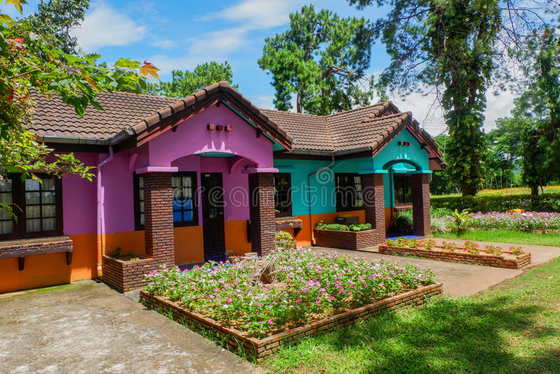 Casa colorida fotografia de stock