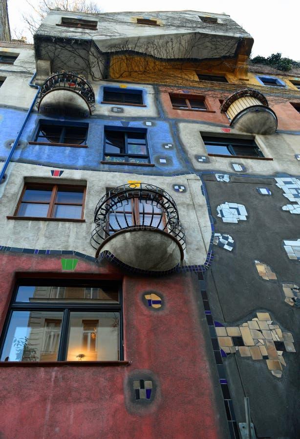 Casa colorida de Hundertwasser, Viena Austria imagen de archivo libre de regalías