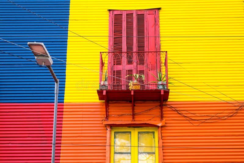 Casa colorida no La Boca, Argentina imagens de stock