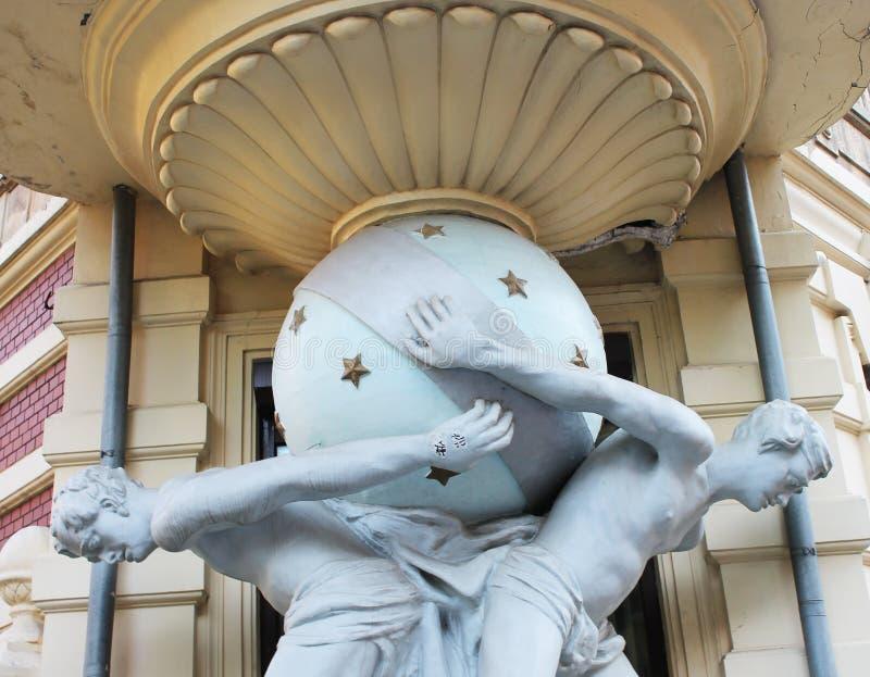 Casa con el Atlanteans, Odessa fotografía de archivo libre de regalías