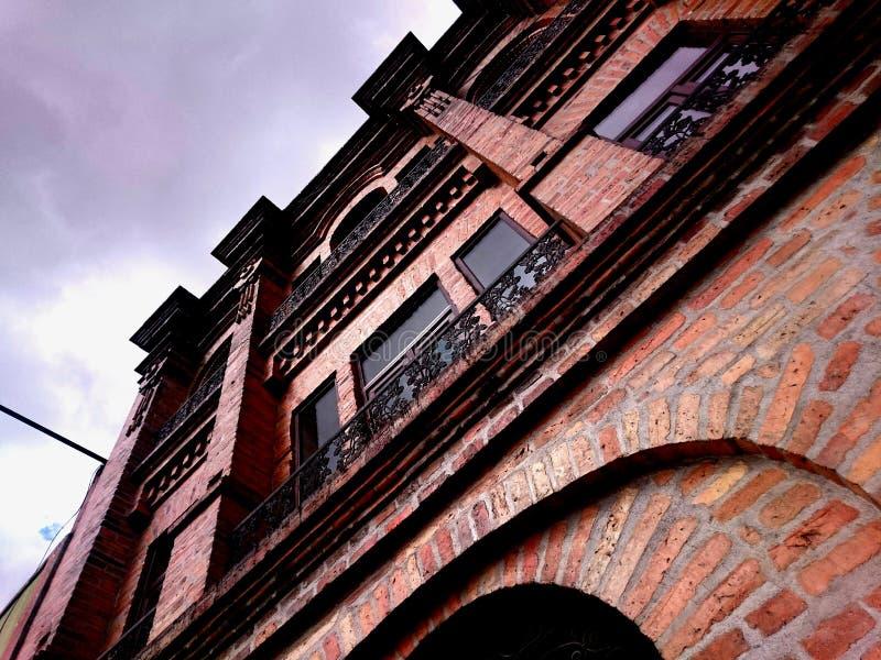 Casa con mattoni a vista, storica fotografie stock