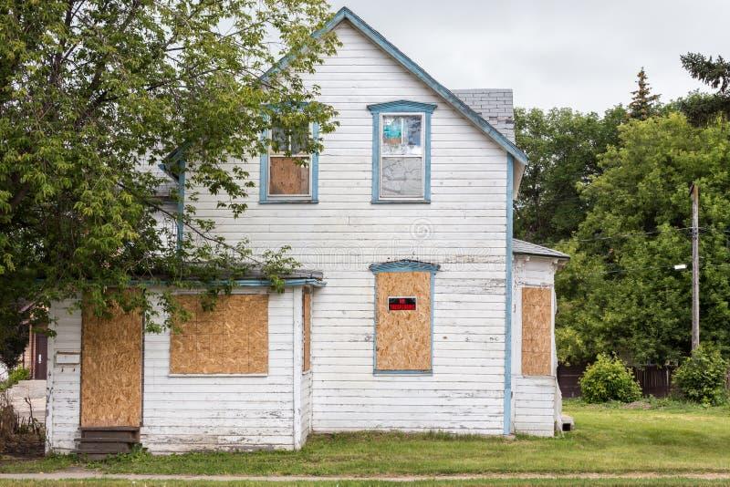 Casa condenada velha imagem de stock royalty free
