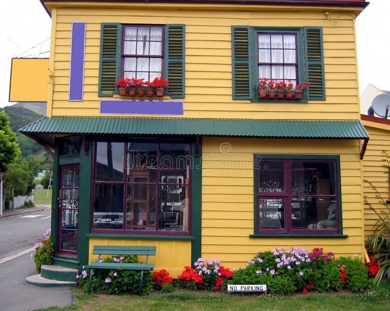 Casa consideravelmente colorida fotografia de stock royalty free