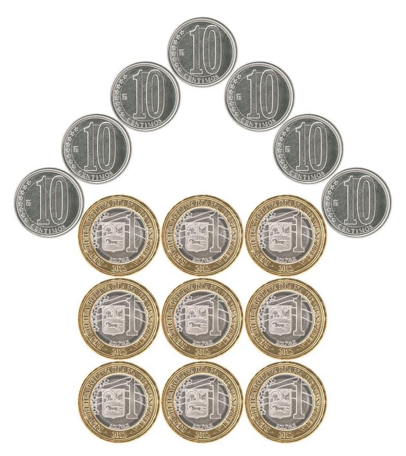 Casa construída das moedas fotos de stock royalty free