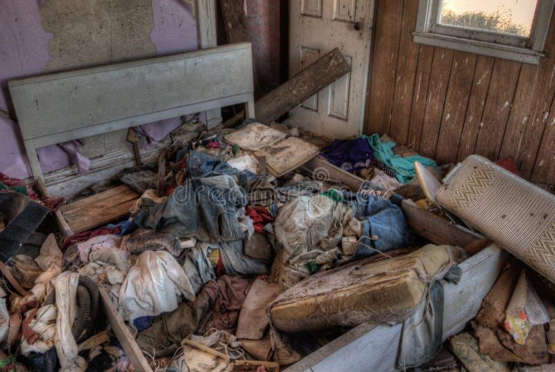 Casa da quinta abandonada em South Dakota rural na queda adiantada fotos de stock royalty free