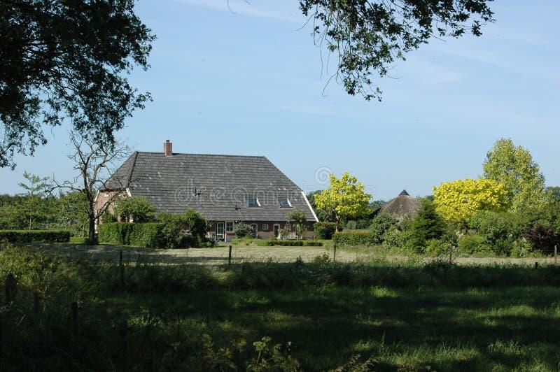 Casa da quinta holandesa imagem de stock