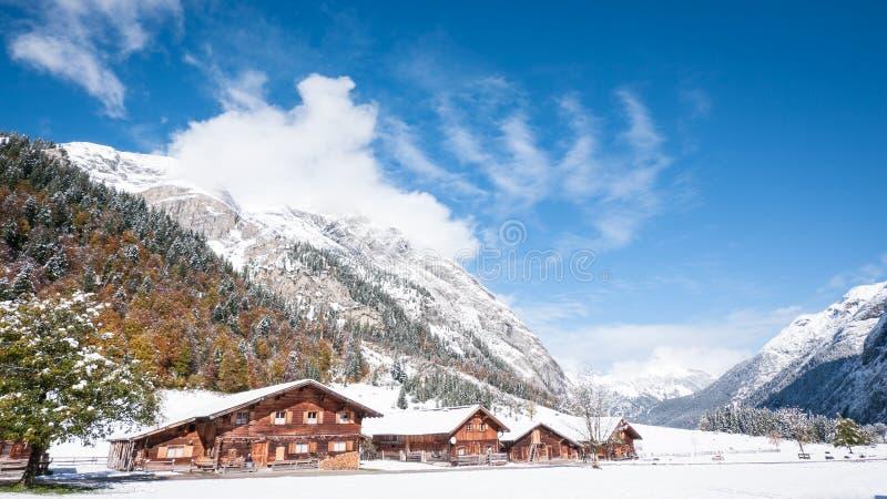 Download Karwendel imagem de stock. Imagem de fotografia, casa - 29842075