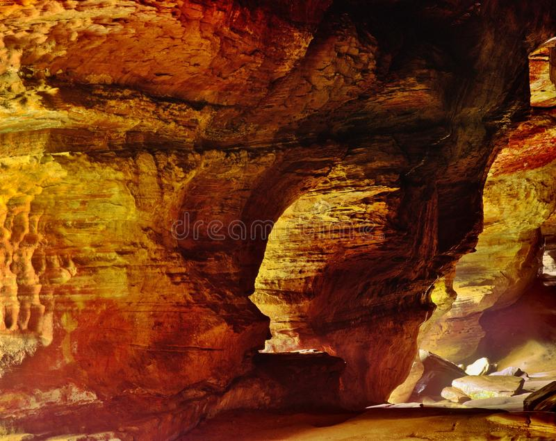 Casa da rocha no parque estadual dos montes de Hocking imagem de stock royalty free