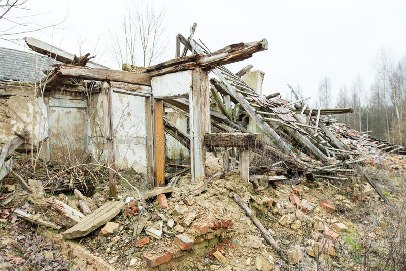 A casa da ruína foto de stock royalty free