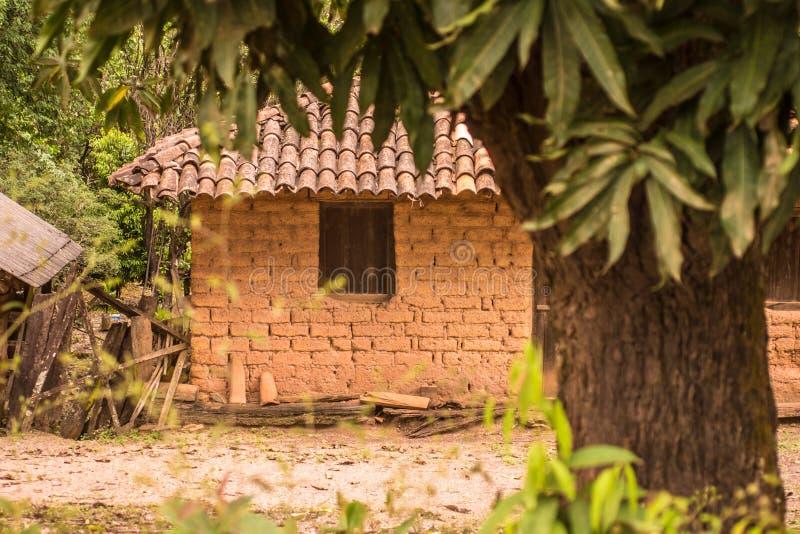 Casa de Adobe en el Brasil fotos de archivo