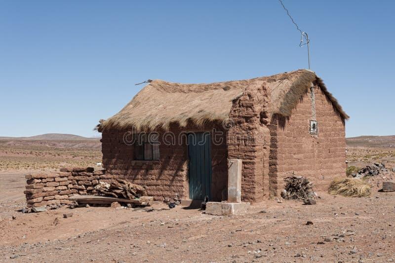 Casa de adobe en el pueblo de cerrillos en el boliviano - Casas en pueblos ...