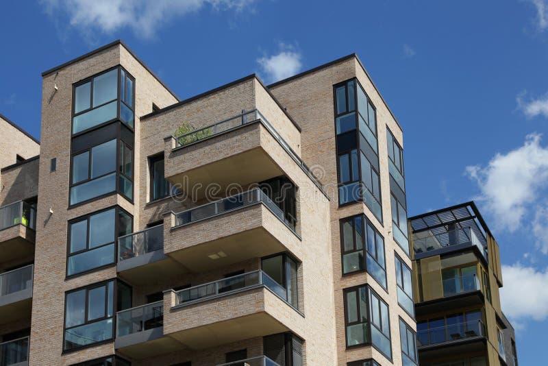 Casa de apartamento moderna imagem de stock