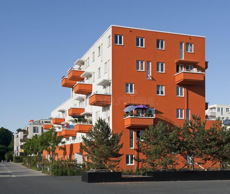 Casa de apartamento moderna em Alemanha imagens de stock