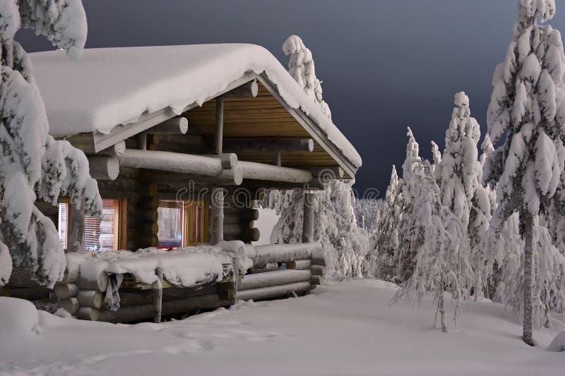 Casa de campo da floresta fotos de stock royalty free