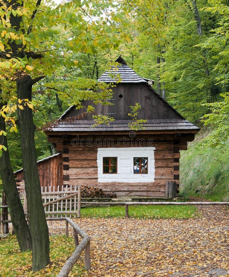 Casa de campo de madeira foto de stock