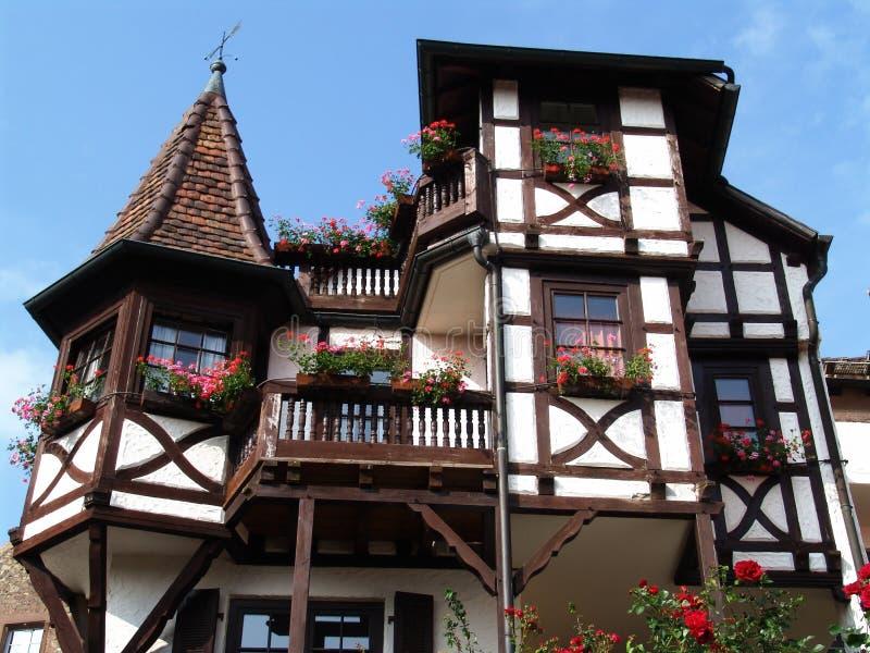 casa de campo half-timbered imagem de stock royalty free