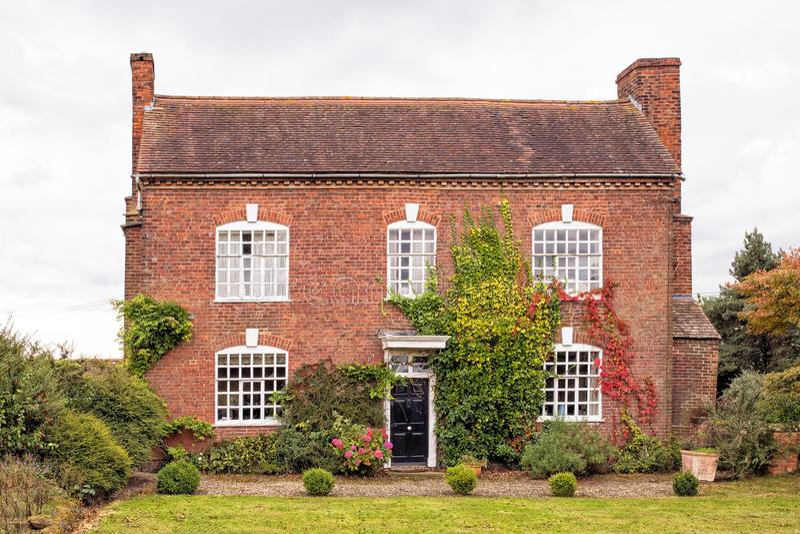 Casa de campo inglesa velha, Worcestershire, Inglaterra imagens de stock