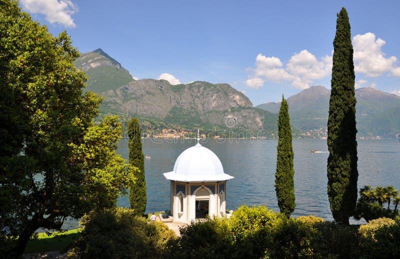 Casa de campo Melzi em Bellagio no lago italiano famoso imagem de stock