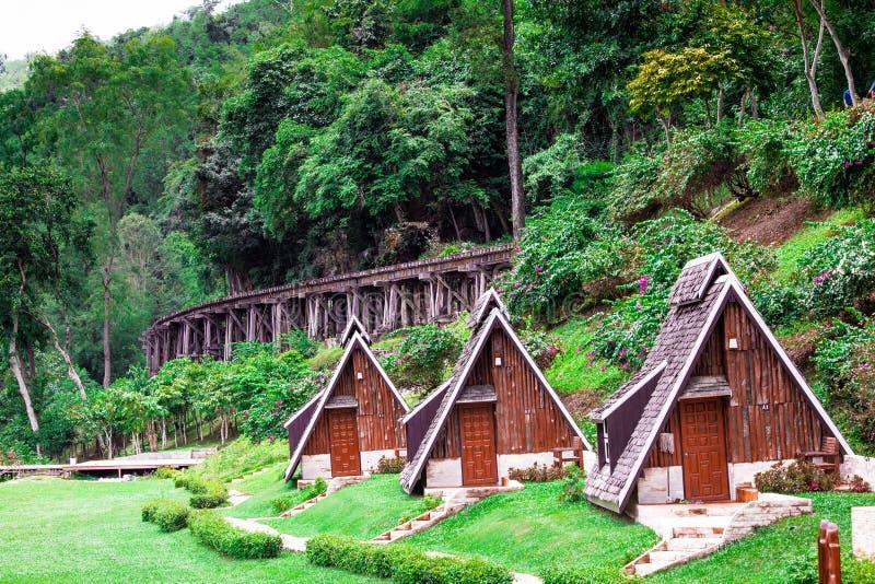 Casa de campo na selva foto de stock