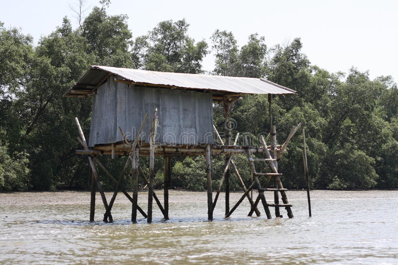 Casa de campo no mar fotos de stock