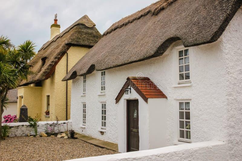 Casa de campo Thatched Cais de Kilmore condado Wexford ireland imagem de stock