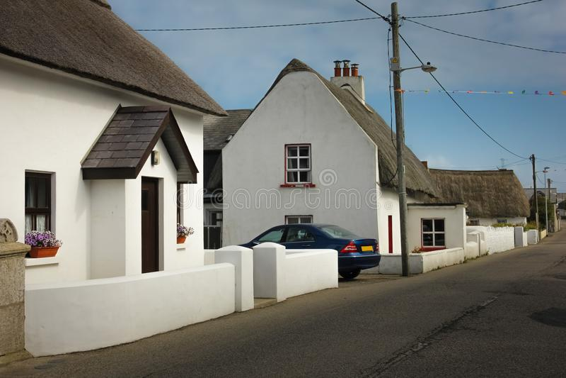 Casa de campo Thatched Cais de Kilmore condado Wexford ireland foto de stock royalty free