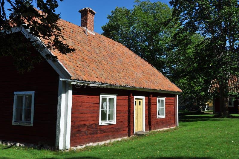 Casa de campo vermelha sueco fotografia de stock