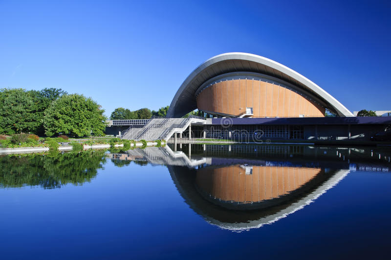 Casa de culturas do mundo em Berlim fotos de stock royalty free
