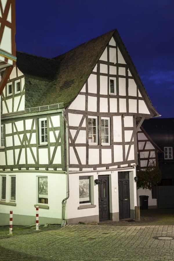 Casa de entramado de madera alemana tradicional foto de archivo