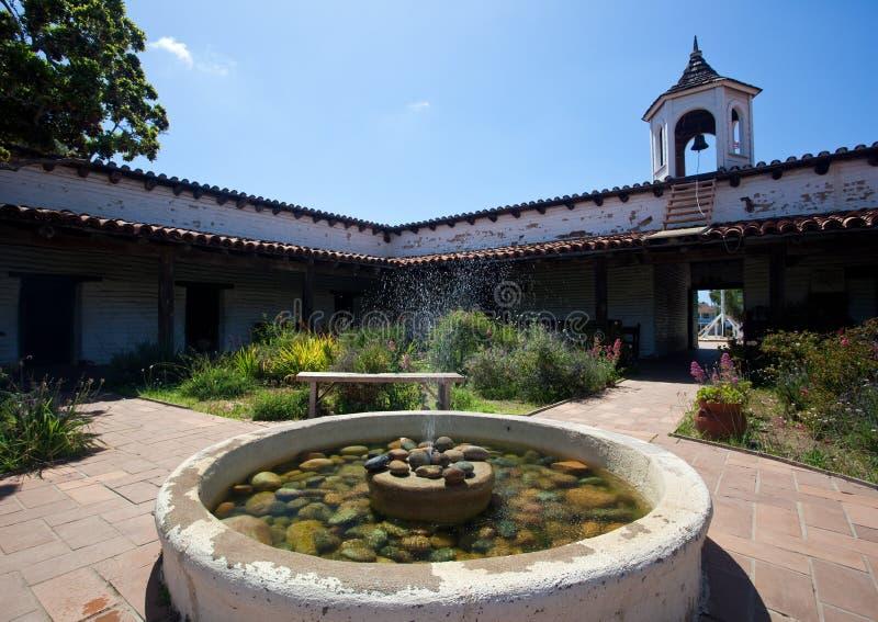 Casa de Estudillo mit Brunnen lizenzfreie stockfotos